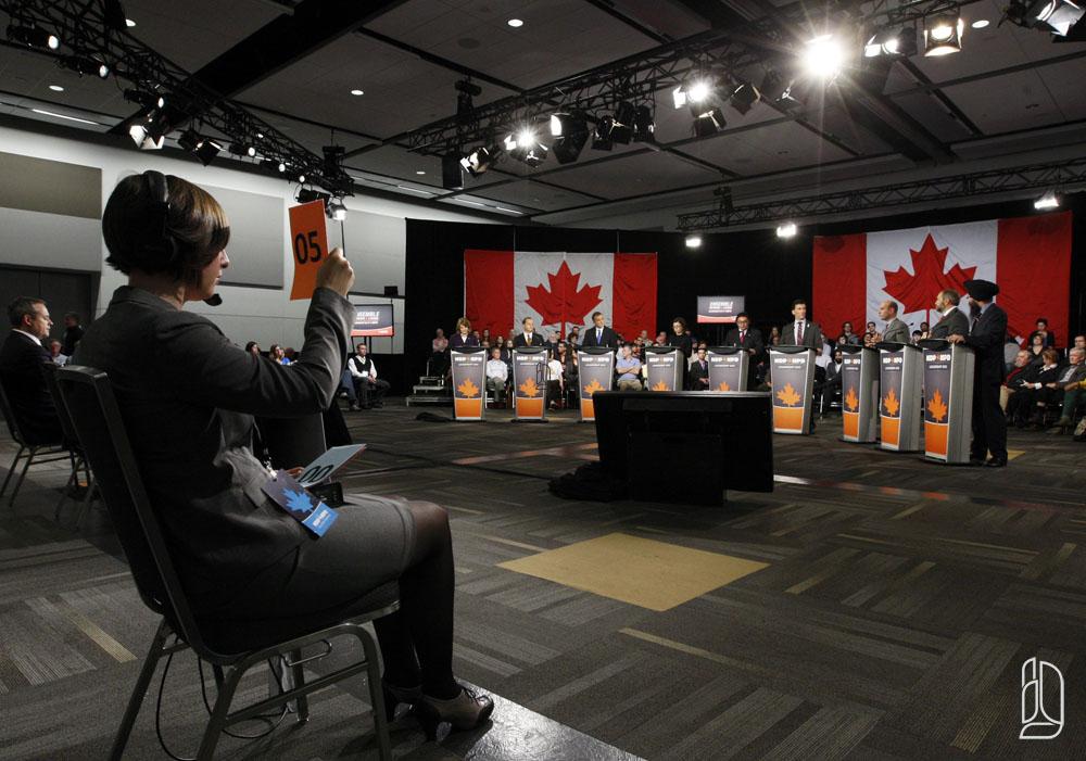 NDP leadership hopefuls take part in a debate in Ottawa