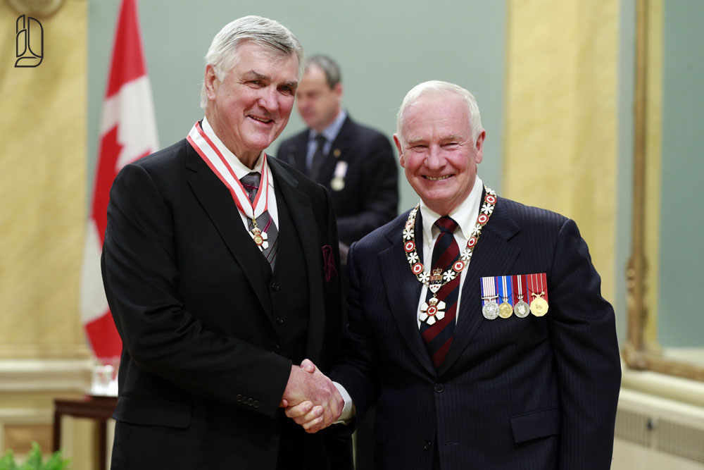 Former Maples leafs coach Pat Quinn receives the Order of Canada