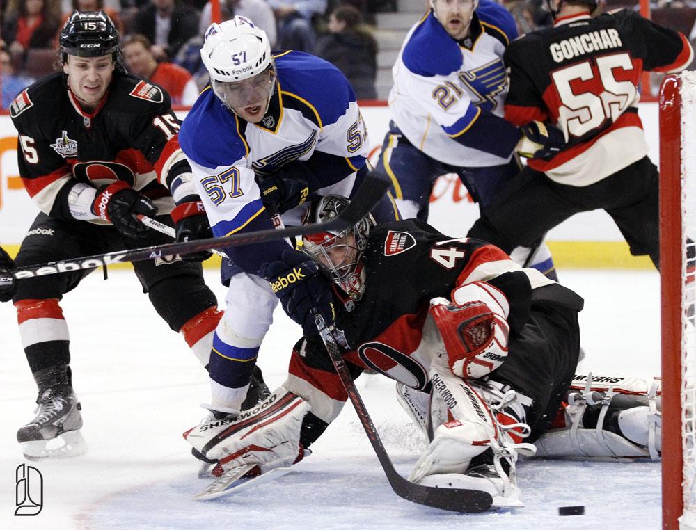 St. Louis Blues' Perron scores on Senators' goalie Anderson